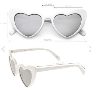 Accessories - ❤️Heart shaped sunglasses❤️